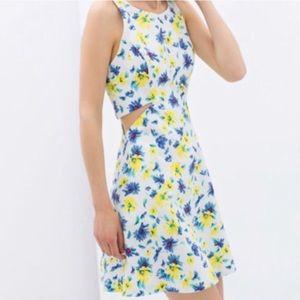 NWOT Zara cutout floral dress